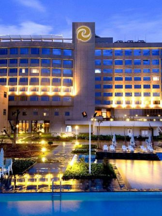 http://libertygolf.com.my/wp-content/uploads/2019/04/Tienyow-Hotel.jpg