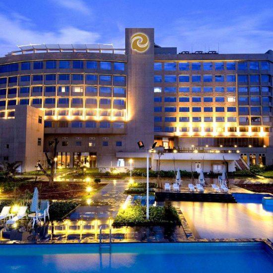 https://libertygolf.com.my/wp-content/uploads/2019/04/Tienyow-Hotel.jpg